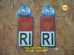 Emblem Bendera RI = Rp 40.000